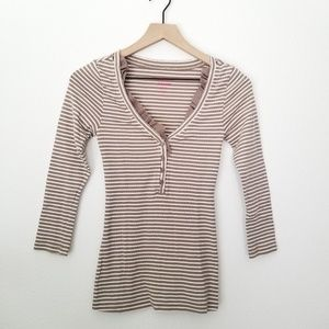 Old Navy striped ruffle top - size XS